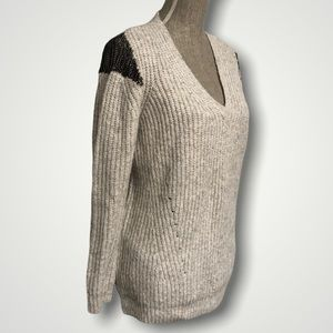 Line the Label Chain Shoulders Knit Sweater Large